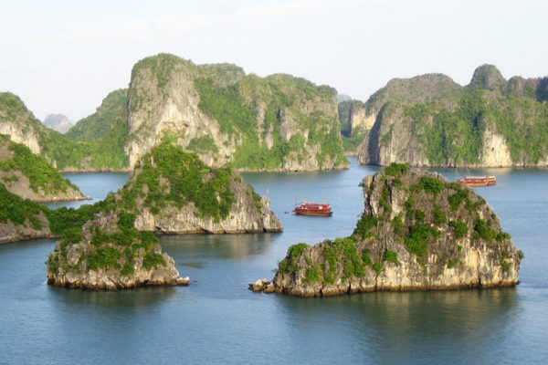 Cruise Through Halong Bay