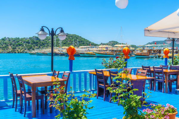 Dine by turquoise waters