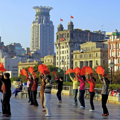Tai chi on the Bund, Shanghai