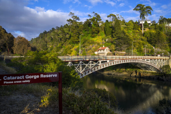 Cataract Gorge (credit Tourism Tasmania and Rob Burnett)