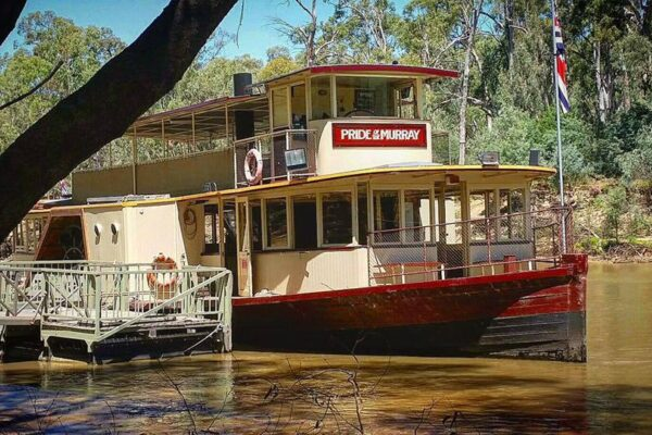 The Pride of the Murray paddle steamer