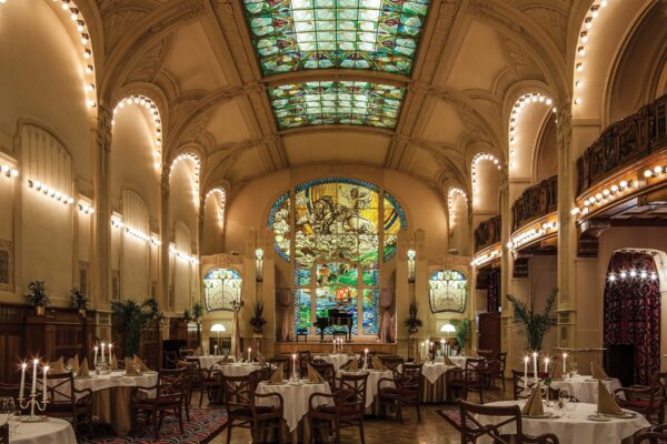 Enjoy a welcome dinner at the superb L'Europe Restaurant
